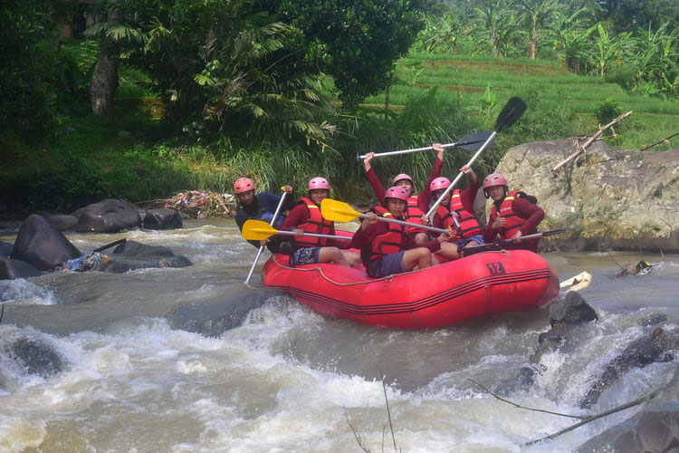 Paket rafting Cisadane