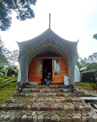 harga Penginapan glamping lakeside rancabali Tanjung Pakis tent